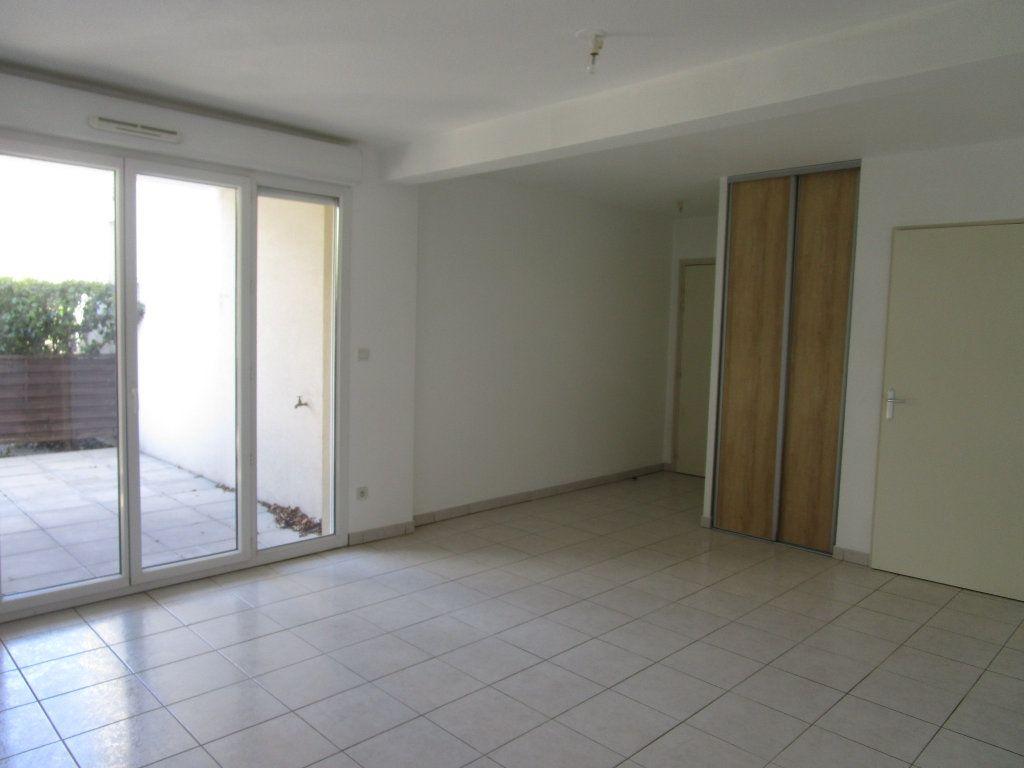 Appartement à vendre 3 62m2 à Avignon vignette-4