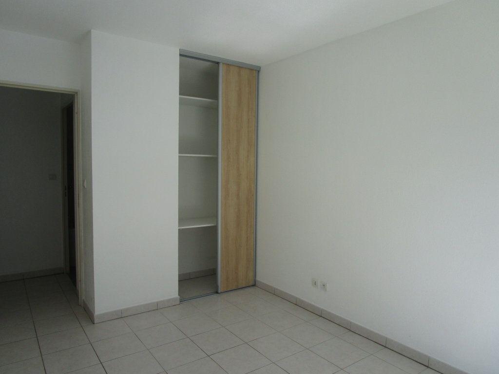 Appartement à vendre 3 62m2 à Avignon vignette-8
