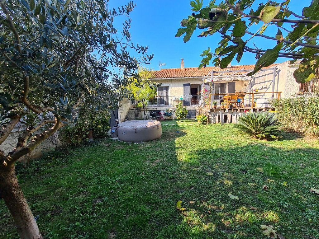 Maison à vendre 4 86m2 à Avignon vignette-2