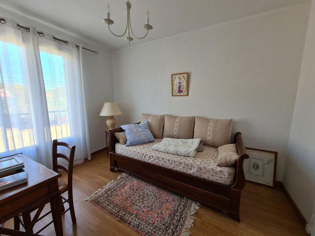 Maison à vendre 4 86m2 à Avignon vignette-9