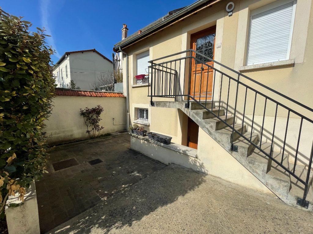 Appartement à vendre 4 98m2 à Saint-Maur-des-Fossés vignette-2