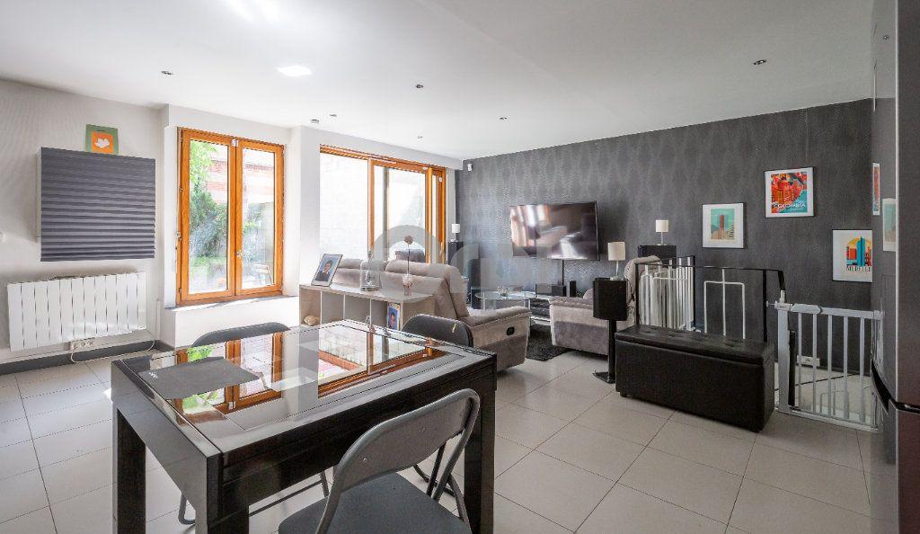 Appartement à vendre 3 68.87m2 à Saint-Maur-des-Fossés vignette-3