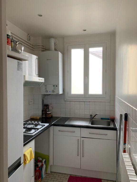Appartement à louer 3 53m2 à Colombes vignette-7