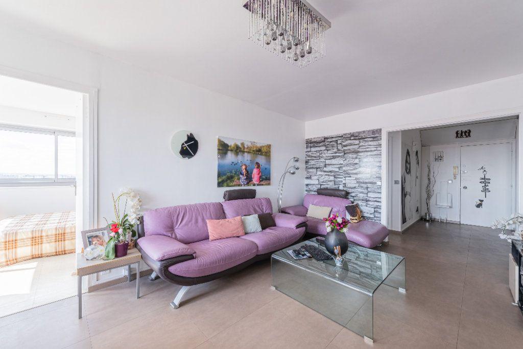 Appartement à vendre 4 88m2 à Colombes vignette-1