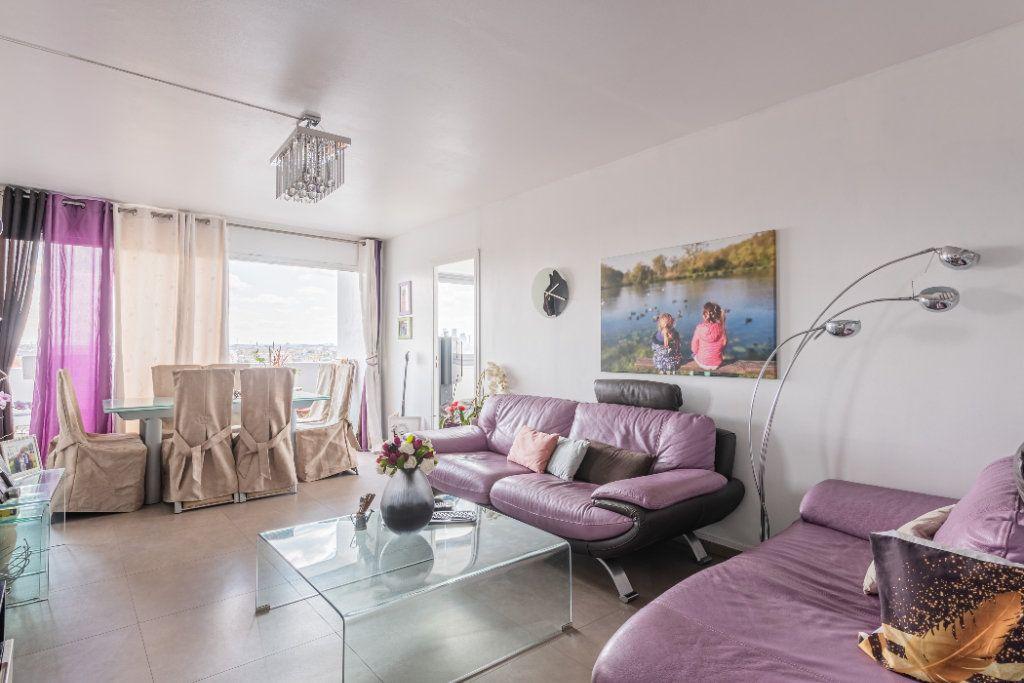 Appartement à vendre 4 88m2 à Colombes vignette-2
