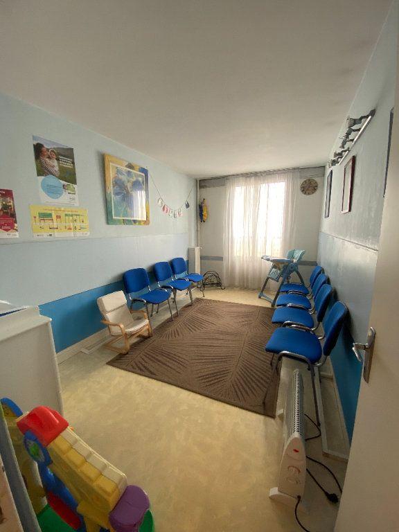 Appartement à vendre 4 83m2 à Asnières-sur-Seine vignette-3