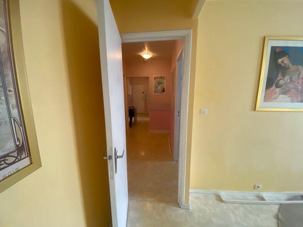Appartement à vendre 4 83m2 à Asnières-sur-Seine vignette-6
