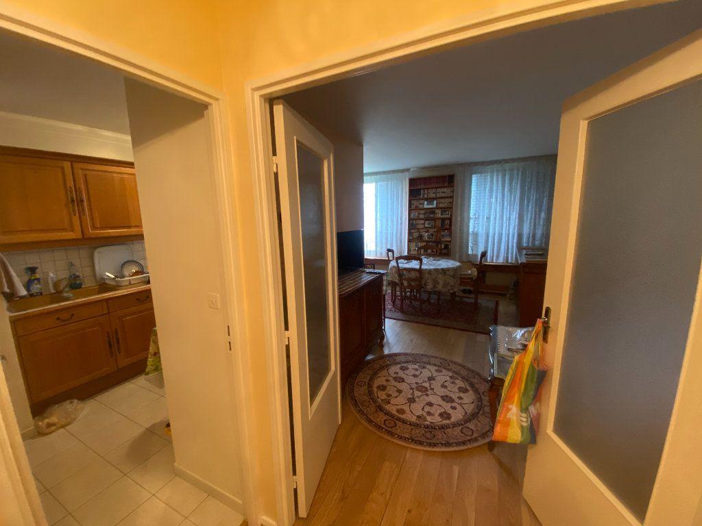 Appartement à vendre 4 83m2 à Asnières-sur-Seine vignette-16