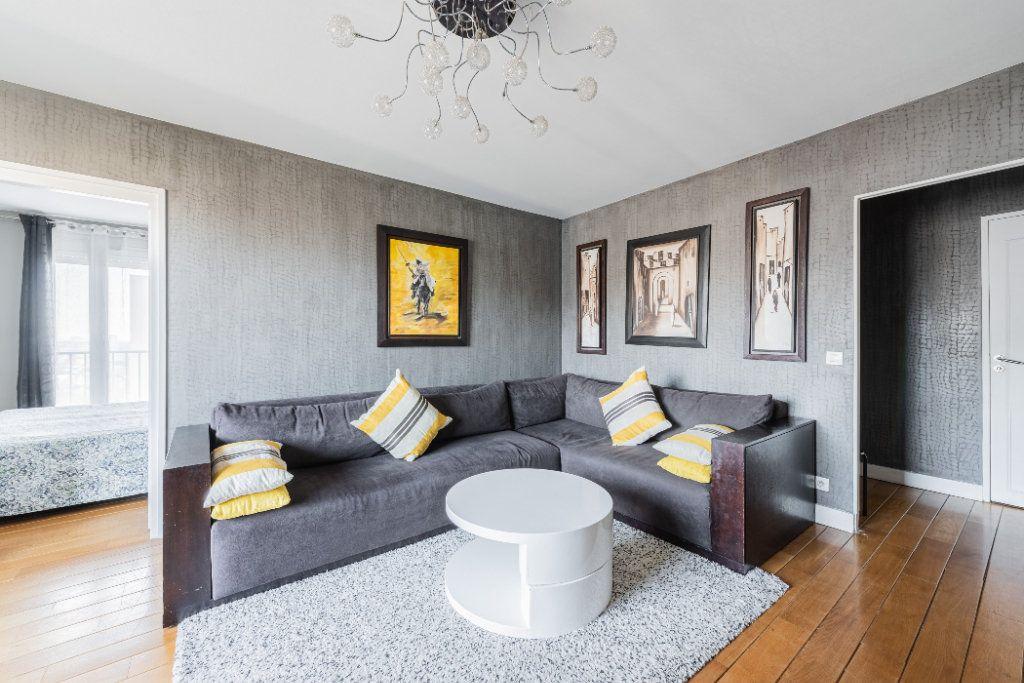 Appartement à vendre 4 78.77m2 à Colombes vignette-4