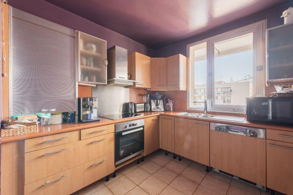 Appartement à vendre 4 78.77m2 à Colombes vignette-5