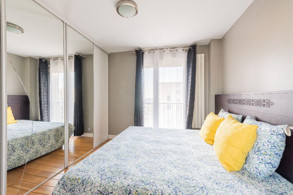 Appartement à vendre 4 78.77m2 à Colombes vignette-6