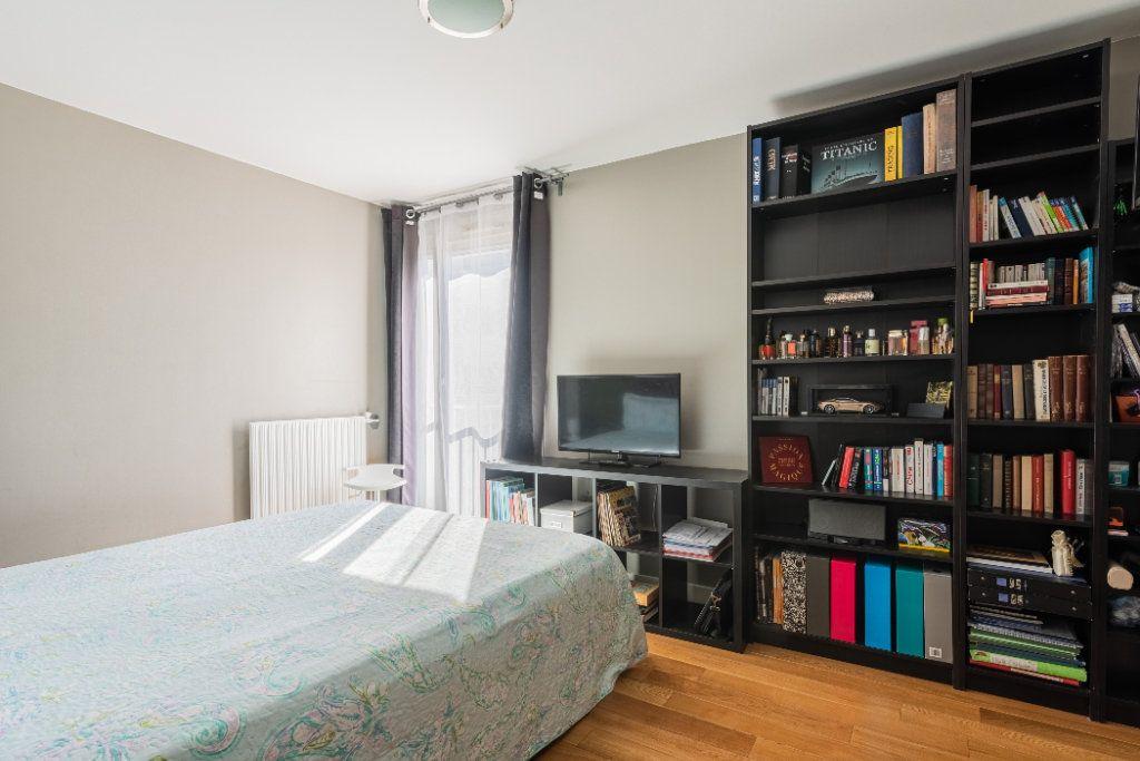 Appartement à vendre 4 78.77m2 à Colombes vignette-7