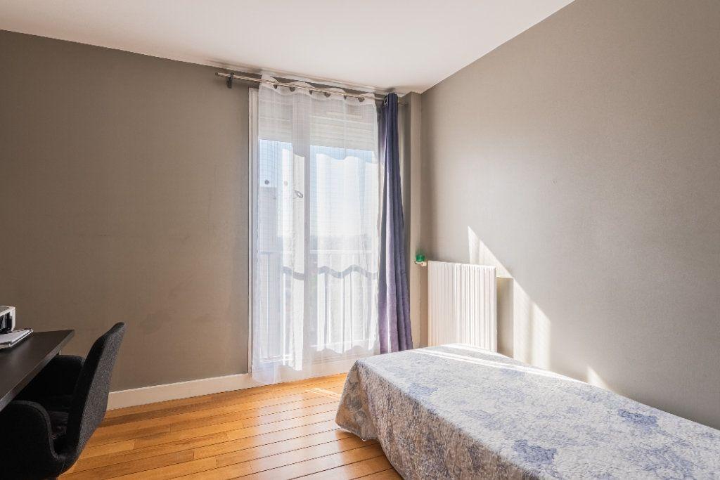 Appartement à vendre 4 78.77m2 à Colombes vignette-11