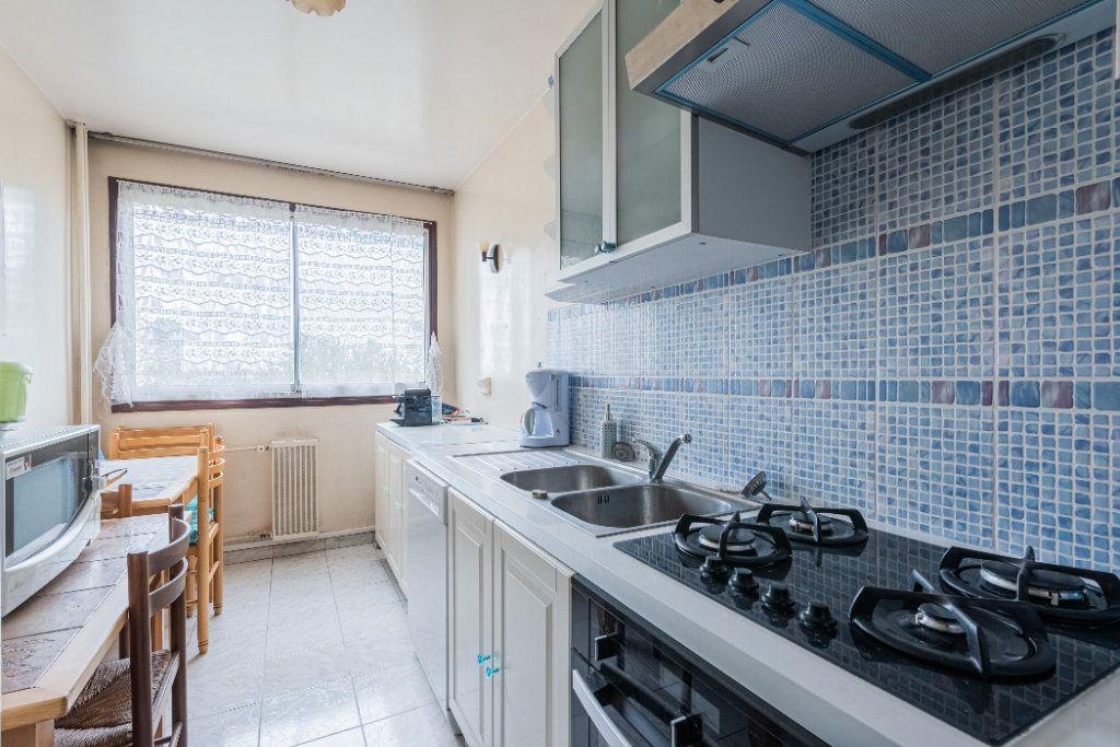 Appartement à vendre 4 83.64m2 à Colombes vignette-4