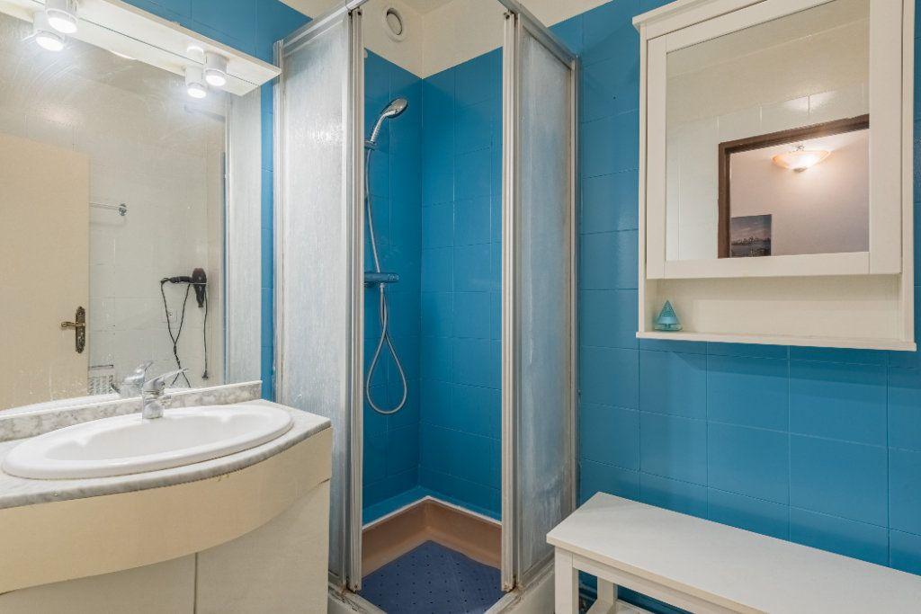 Appartement à vendre 4 83.64m2 à Colombes vignette-6