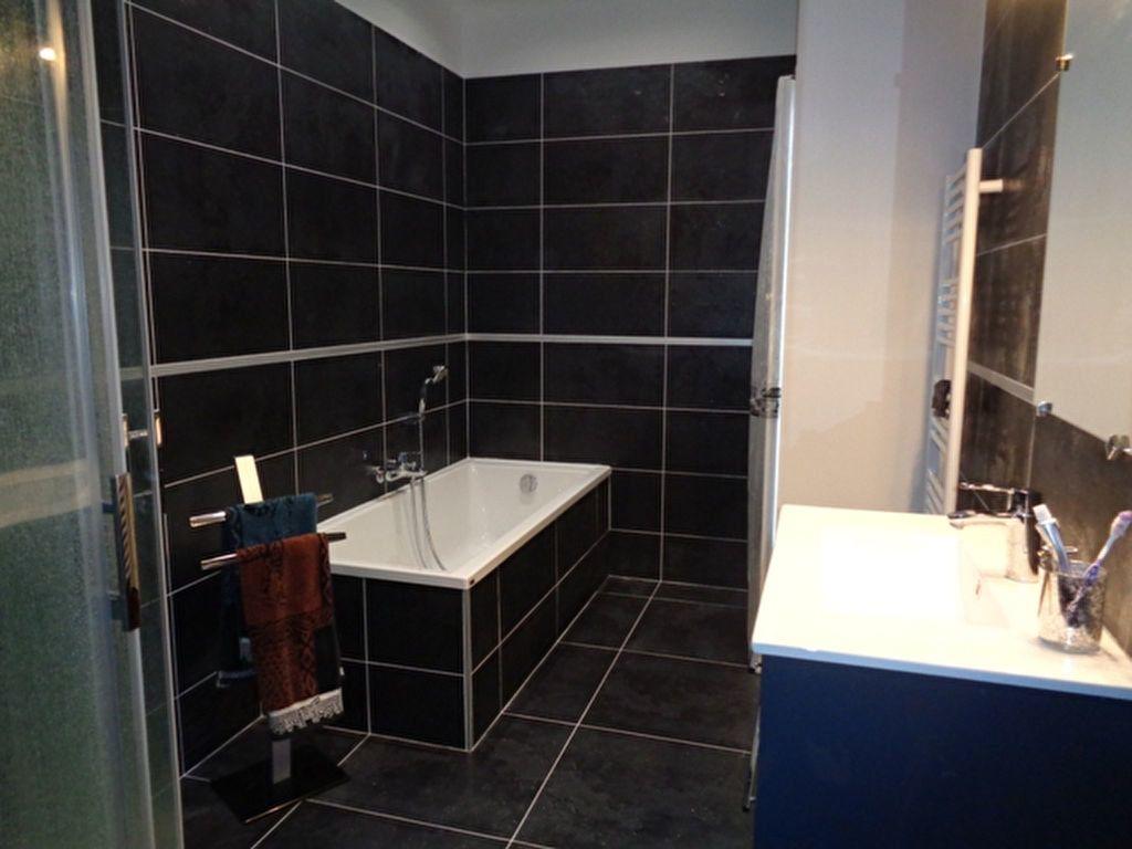 Appartement à vendre 4 100m2 à Vienne vignette-3