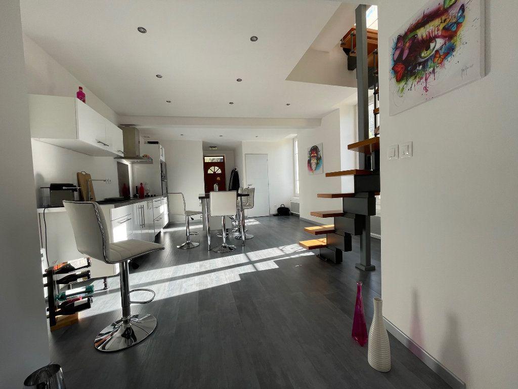 Appartement à vendre 4 100m2 à Vienne vignette-5