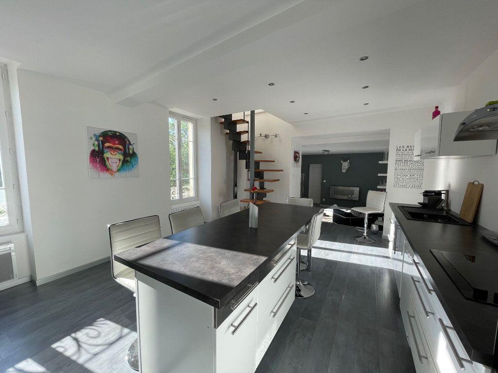 Appartement à vendre 4 100m2 à Vienne vignette-6