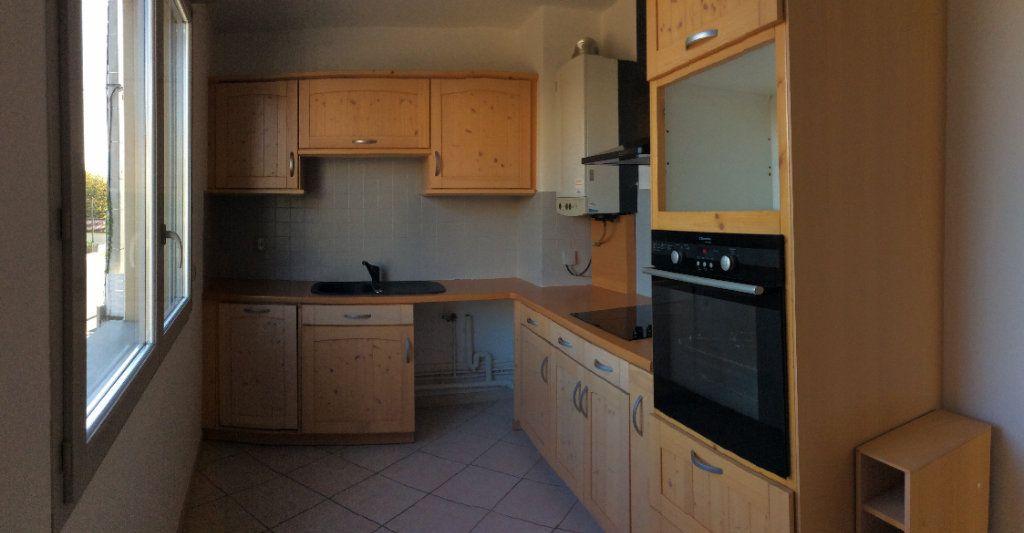 Appartement à vendre 3 65m2 à Vienne vignette-2