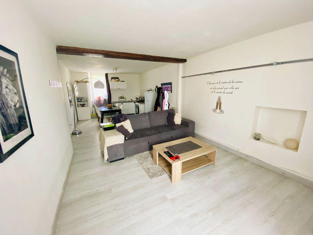 Appartement à vendre 2 55m2 à Pont-Évêque vignette-2