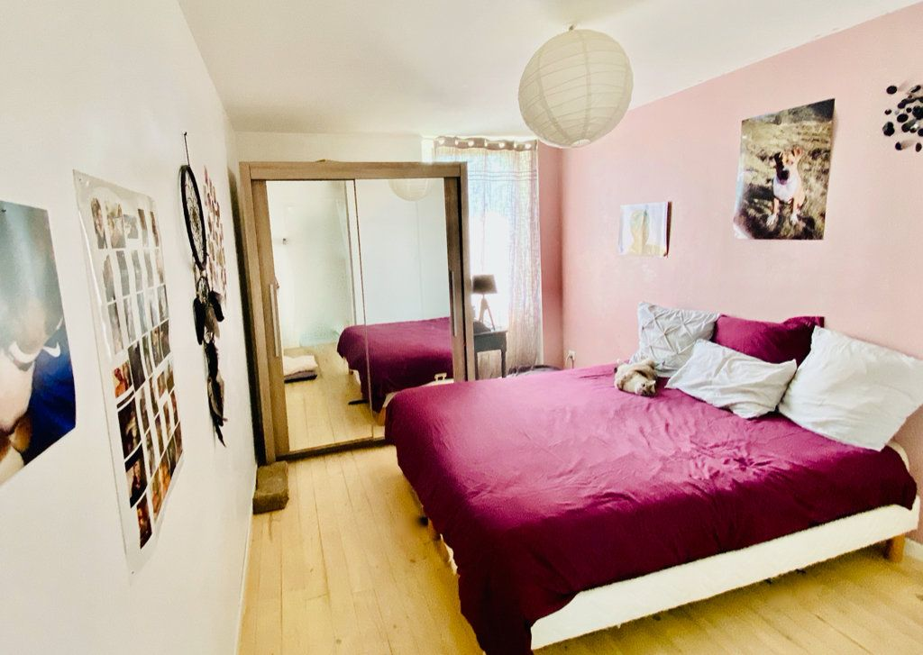 Appartement à vendre 2 55m2 à Pont-Évêque vignette-3