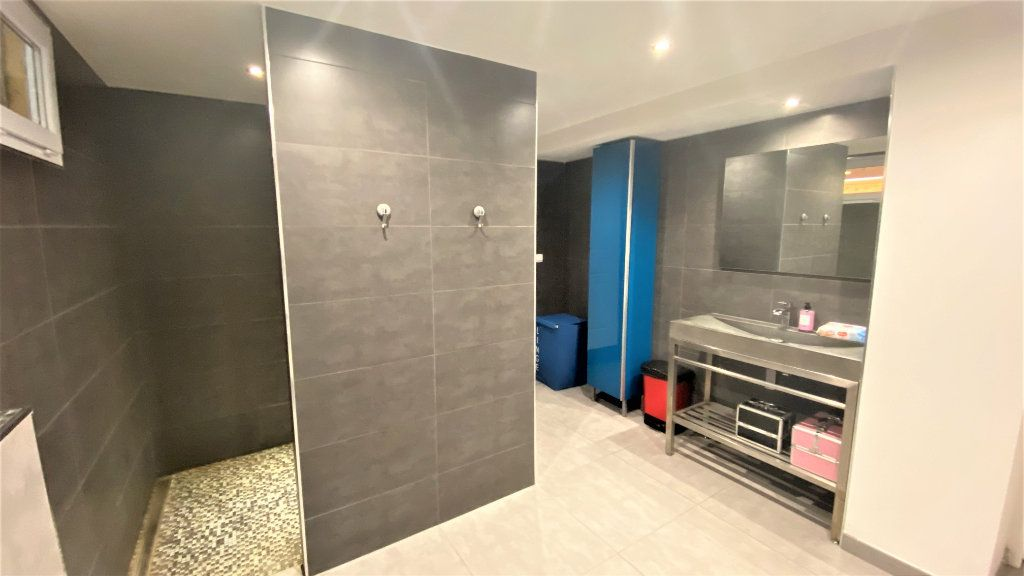 Maison à vendre 7 200m2 à Saint-Sorlin-de-Vienne vignette-10