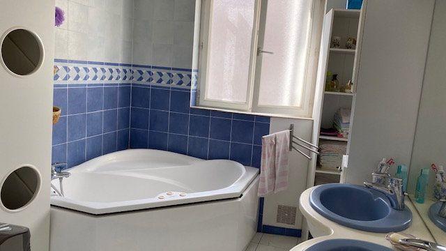 Appartement à vendre 5 112m2 à Vienne vignette-7