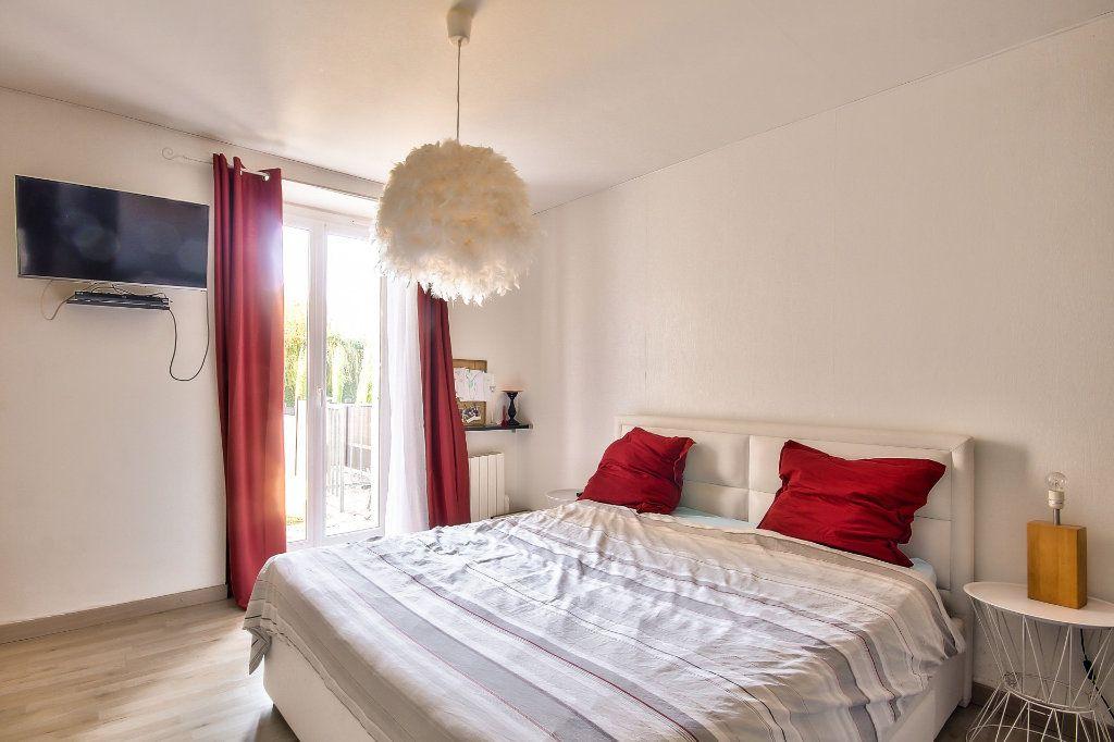 Appartement à vendre 4 122m2 à Saint-Sorlin-de-Vienne vignette-8