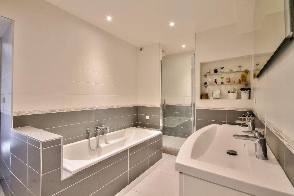 Appartement à vendre 4 122m2 à Saint-Sorlin-de-Vienne vignette-10