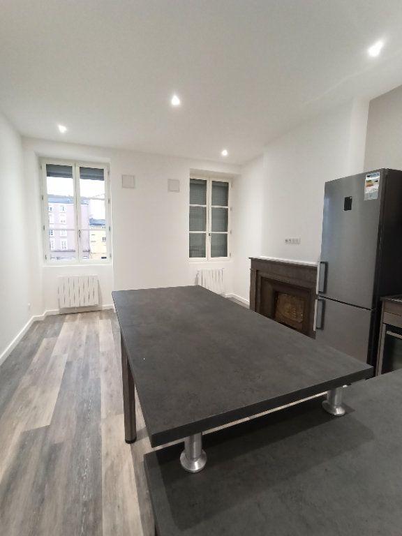 Appartement à louer 3 48.81m2 à Vienne vignette-3