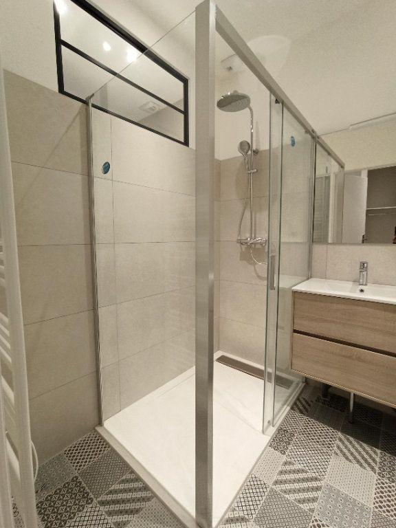 Appartement à louer 3 48.81m2 à Vienne vignette-9
