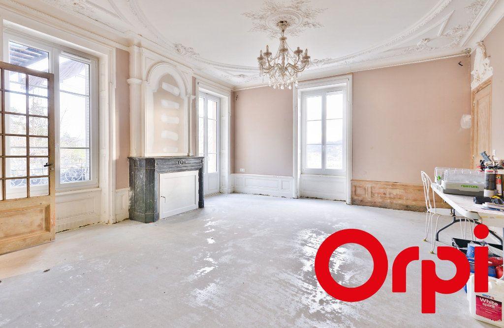 Appartement à vendre 11 240m2 à Seyssuel vignette-3