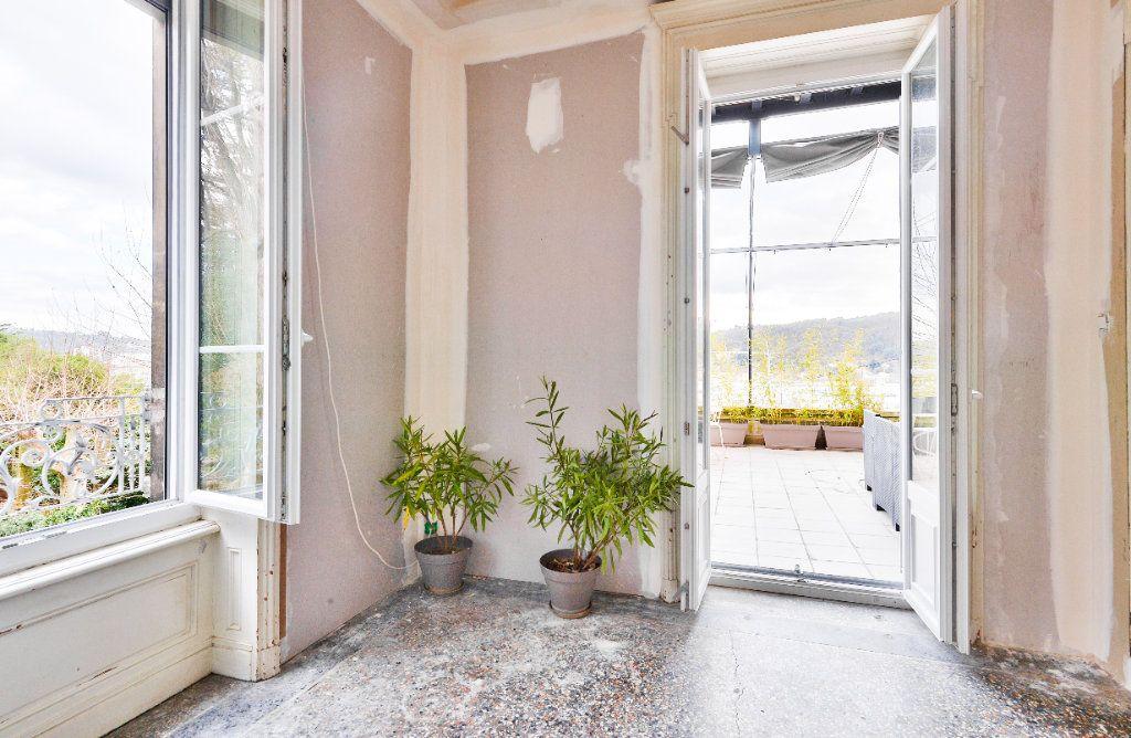 Appartement à vendre 11 240m2 à Seyssuel vignette-4