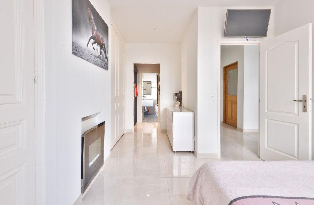 Appartement à vendre 11 240m2 à Seyssuel vignette-7