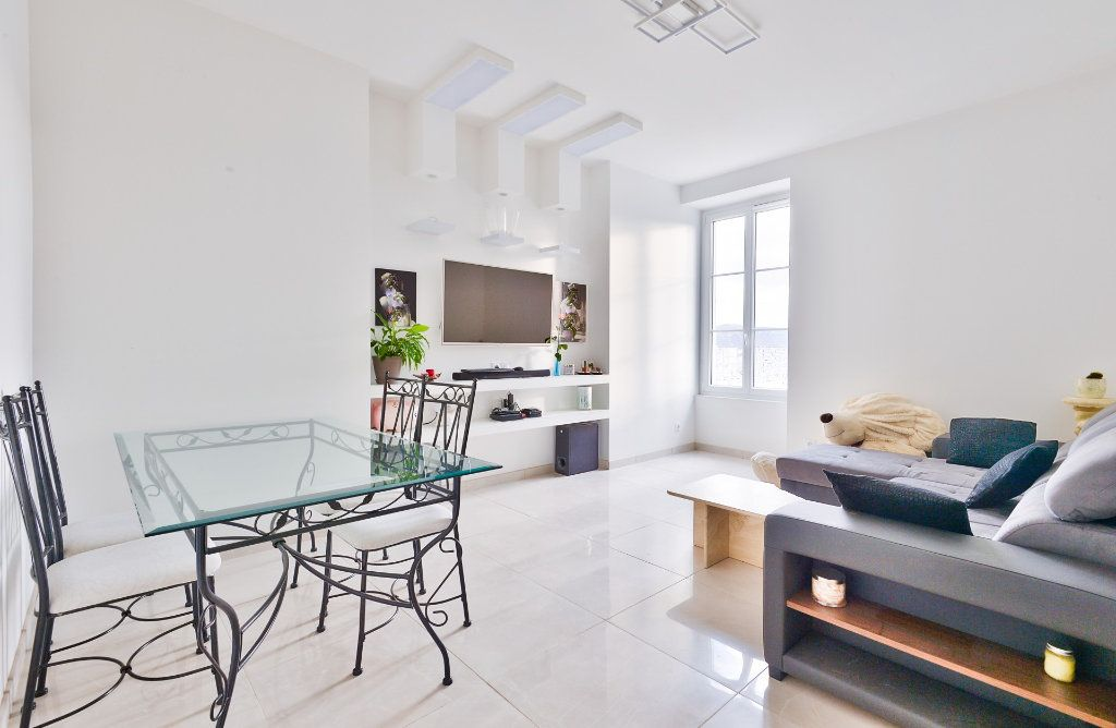 Appartement à vendre 11 240m2 à Seyssuel vignette-8