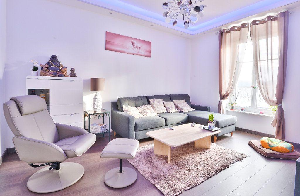 Appartement à vendre 11 240m2 à Seyssuel vignette-10