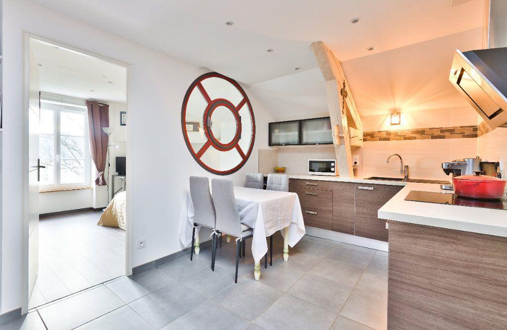 Appartement à vendre 11 240m2 à Seyssuel vignette-11
