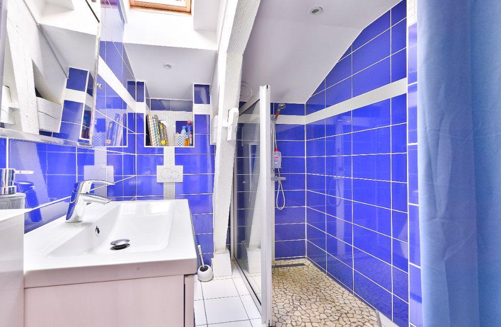 Appartement à vendre 11 240m2 à Seyssuel vignette-17
