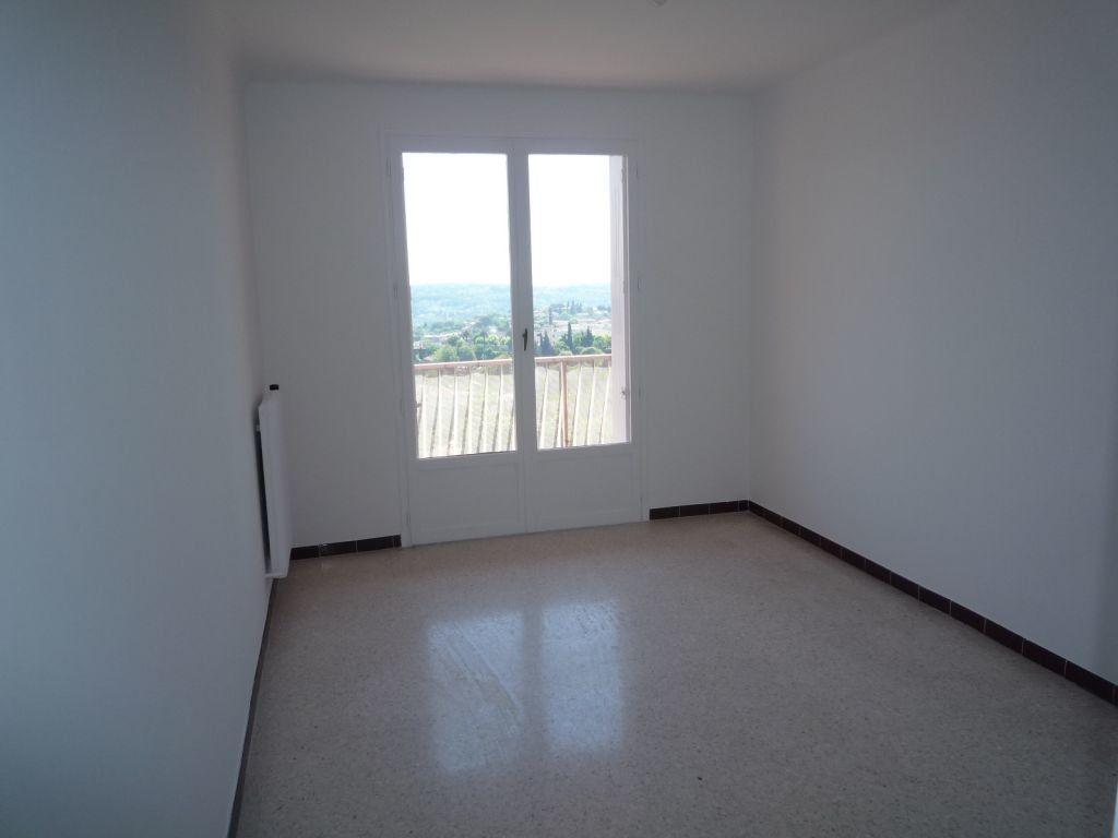 Appartement à louer 3 60.61m2 à Grasse vignette-4