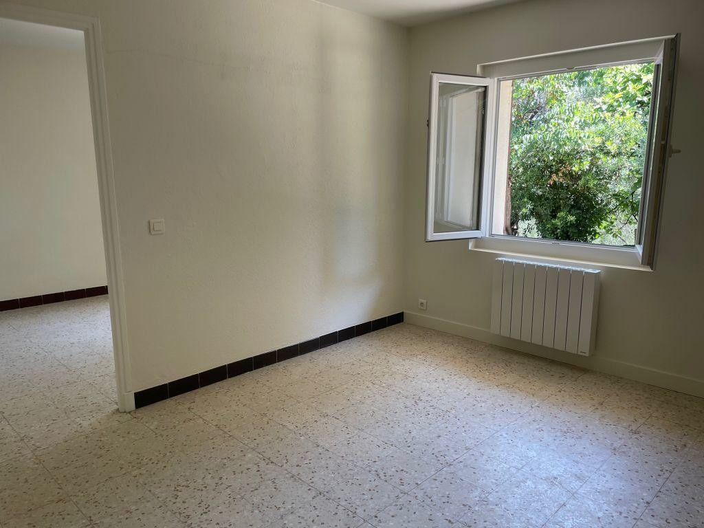 Maison à louer 3 65m2 à Grasse vignette-5