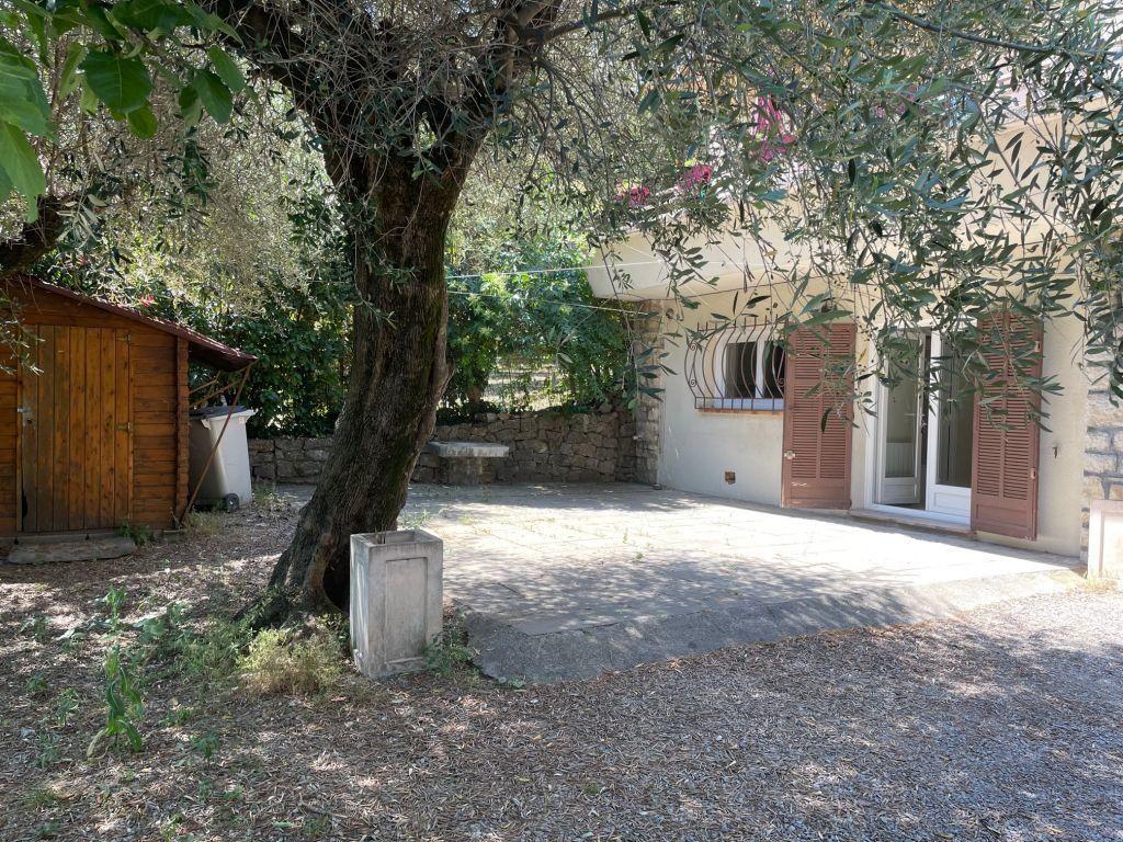 Maison à louer 3 65m2 à Grasse vignette-9
