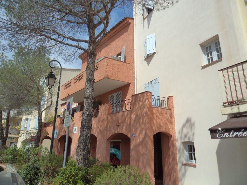 Appartement à louer 1 24.94m2 à Mougins vignette-2