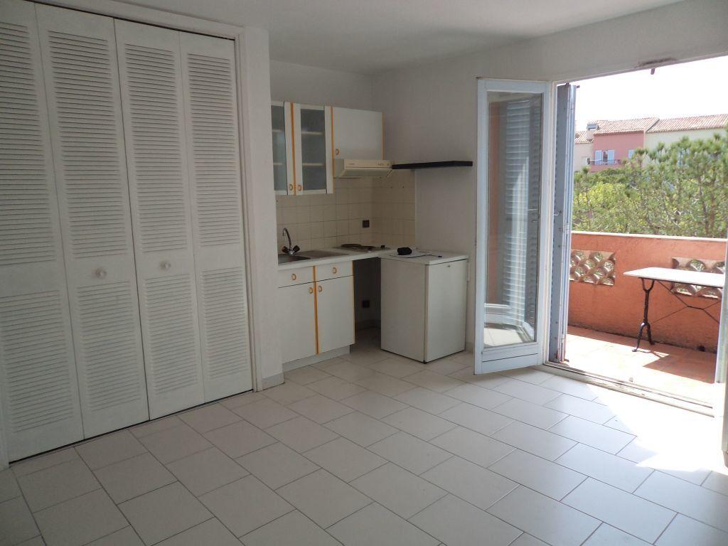 Appartement à louer 1 24.94m2 à Mougins vignette-3