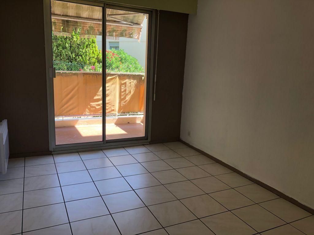 Appartement à louer 3 56m2 à Grasse vignette-5