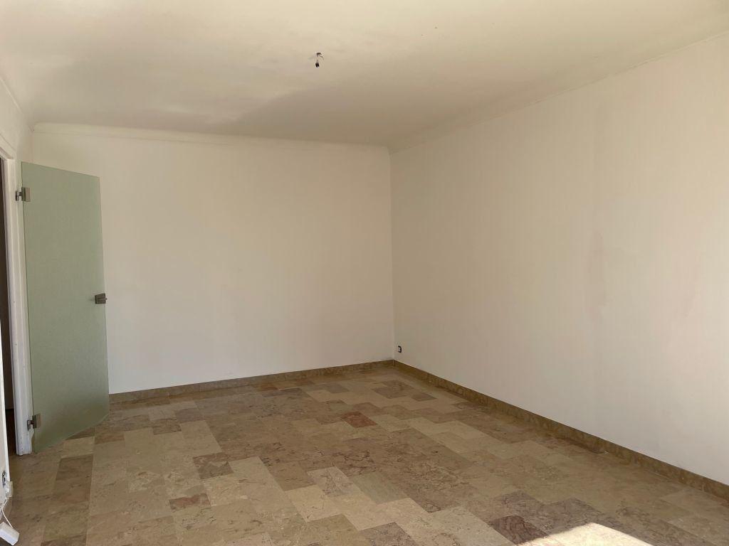 Appartement à louer 2 51.58m2 à Grasse vignette-2