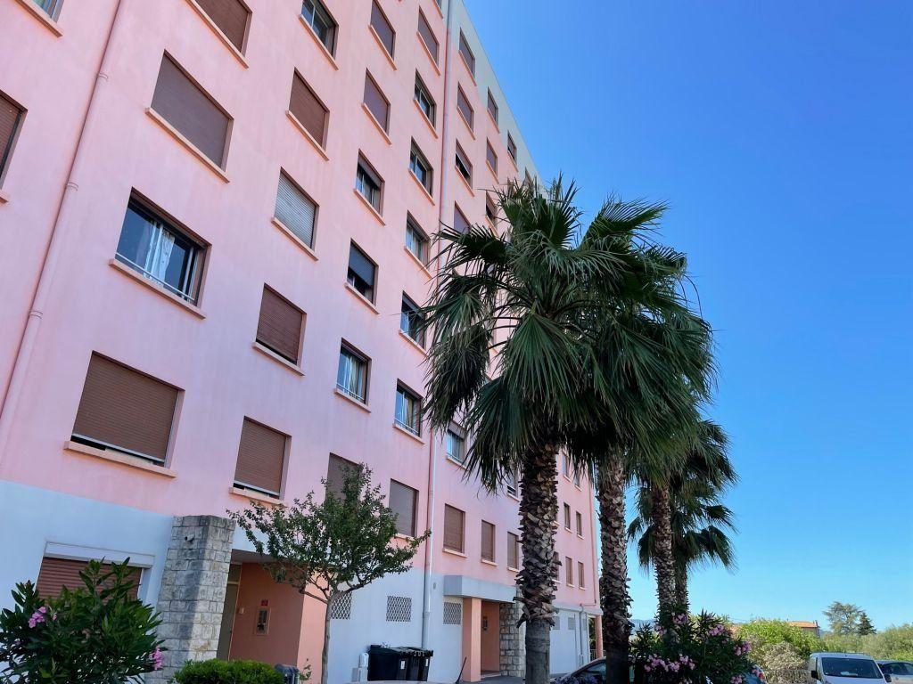 Appartement à louer 2 51.58m2 à Grasse vignette-7