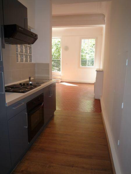 Appartement à louer 1 30m2 à Grasse vignette-2