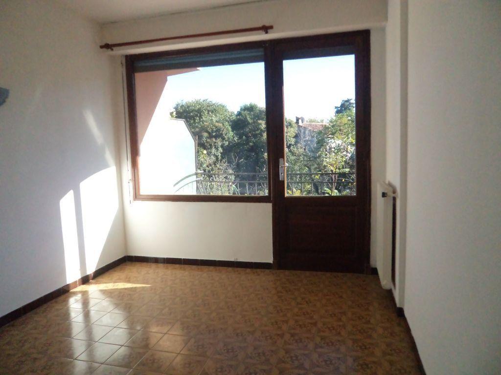 Appartement à louer 3 56.65m2 à Mouans-Sartoux vignette-2