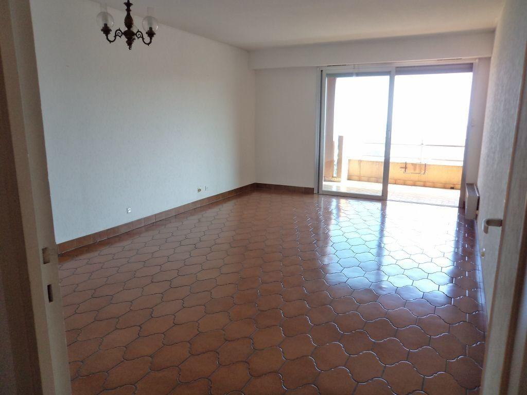 Appartement à louer 3 72m2 à Grasse vignette-3