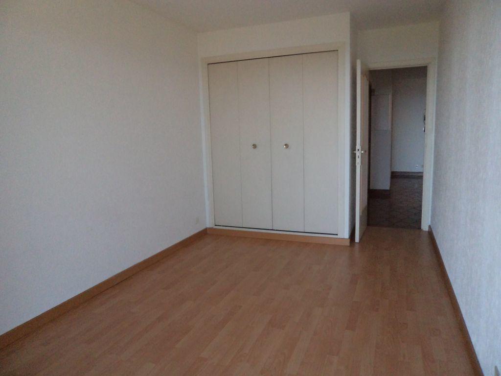 Appartement à louer 3 72m2 à Grasse vignette-4
